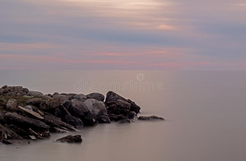 Línea de la playa larga de la exposición en Meaford, Ontario, Canadá imágenes de archivo libres de regalías