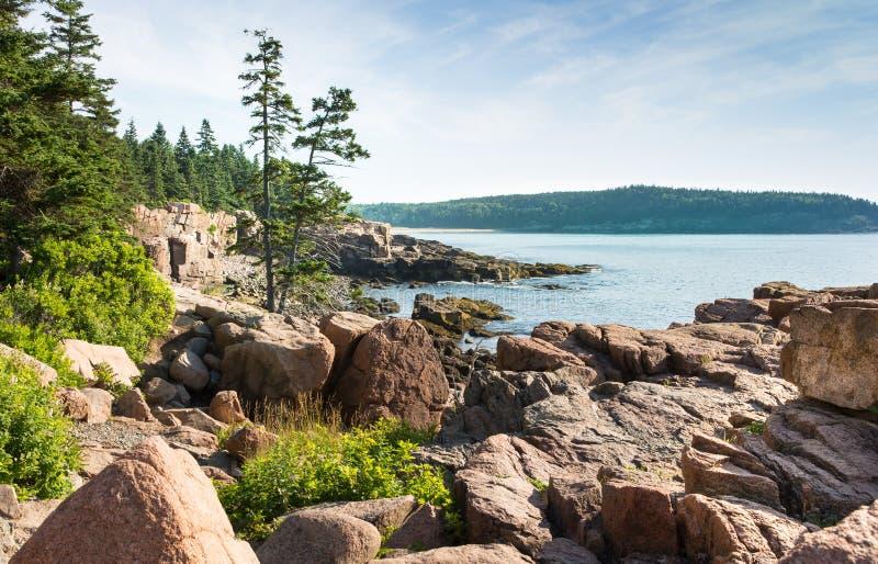 Línea de la playa pintoresca del parque nacional del Acadia foto de archivo libre de regalías