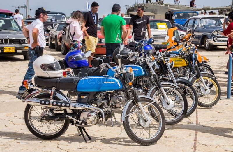 línea de motocicletas de Honda de la obra clásica y del vintage imagen de archivo