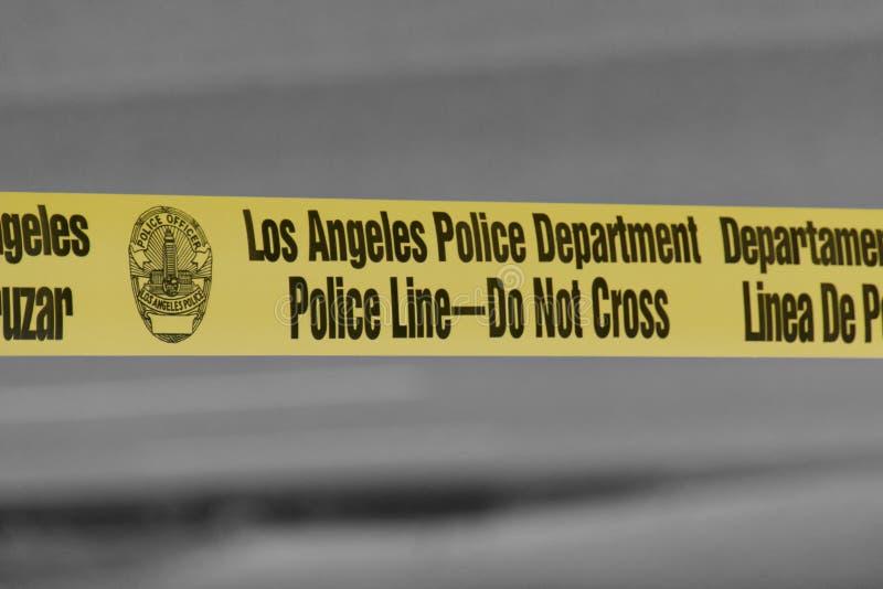 Línea de policía del Departamento de Policía de Los Ángeles - no cruce la cinta fotos de archivo