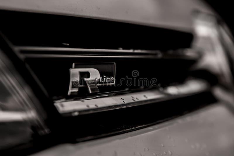 LÍNEA DE R imagenes de archivo