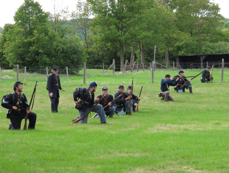 Línea de soldados de la guerra civil de la unión imagenes de archivo