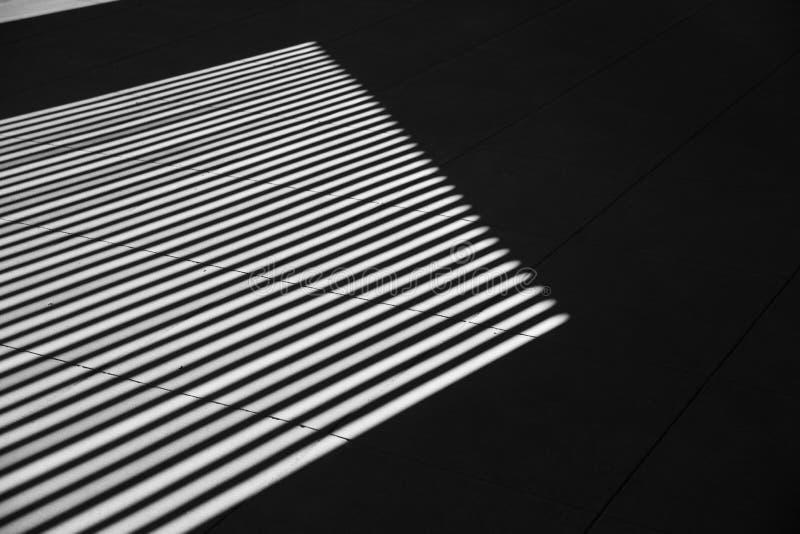 Línea de sombra blanco y negro de la fotografía del arte interior foto de archivo libre de regalías