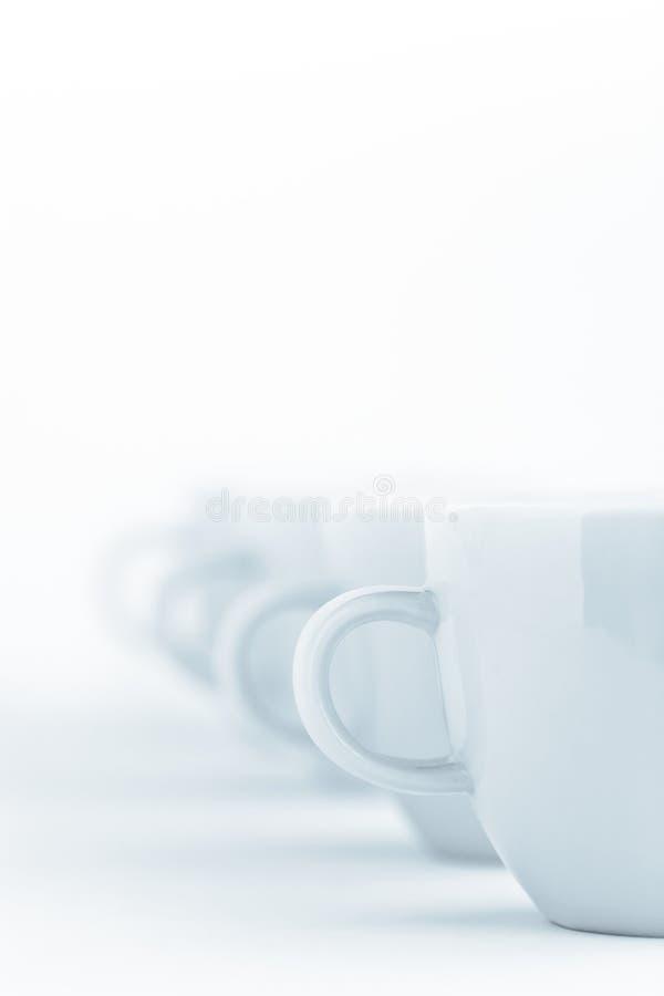 Línea de tazas imágenes de archivo libres de regalías