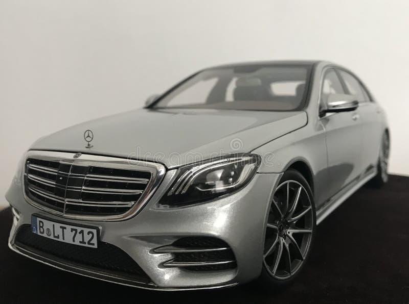 Línea 1:18 Norev de Mercedes Benz S-Klasse 2018 AMG imagen de archivo