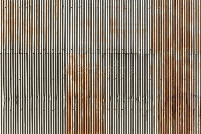 Línea vertical modelo de pared del cinc de la onda imagen de archivo libre de regalías