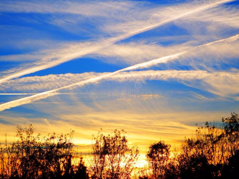Líneas del cielo fotos de archivo
