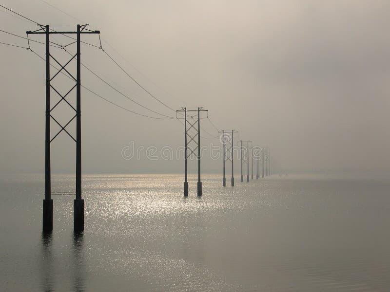 Líneas eléctricas fotos de archivo