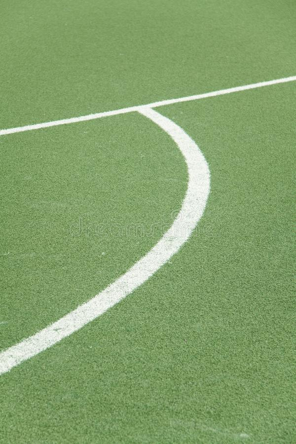 Líneas en un campo de fútbol fotos de archivo libres de regalías