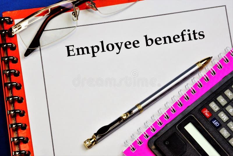 Löner - löner Löner till anställda efter kvalifikationer, komplexitet, kvantitet. arkivbilder
