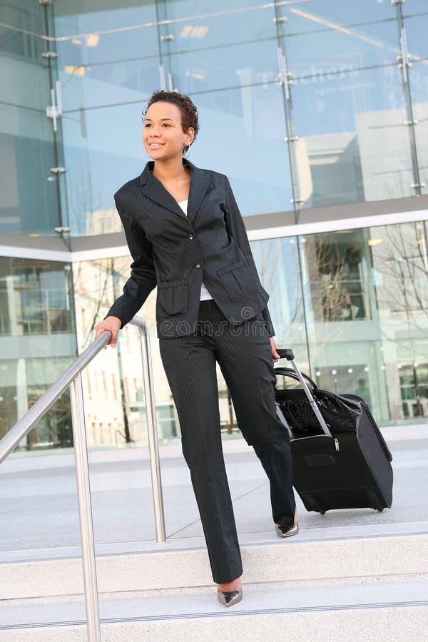 löpande kvinna för affär royaltyfri bild