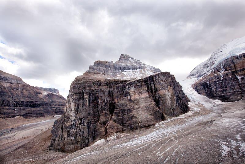 Lös natur i Rocky Mountains, slätt av sex glaciärer royaltyfri fotografi