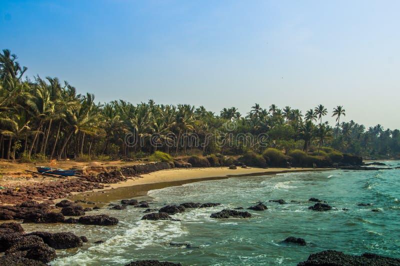 Lös strand i Maharashtratillståndet, Indien, Arabian Sea royaltyfri fotografi