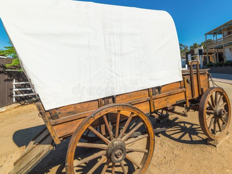Lös västra vagn i den gamla staden San Diego royaltyfri foto