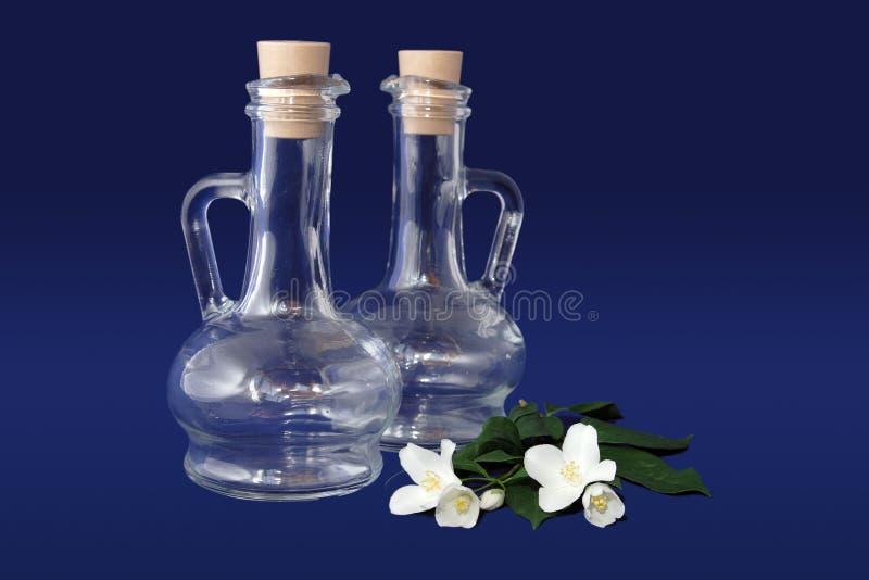 Löschen Sie Glasflaschen lizenzfreie stockbilder