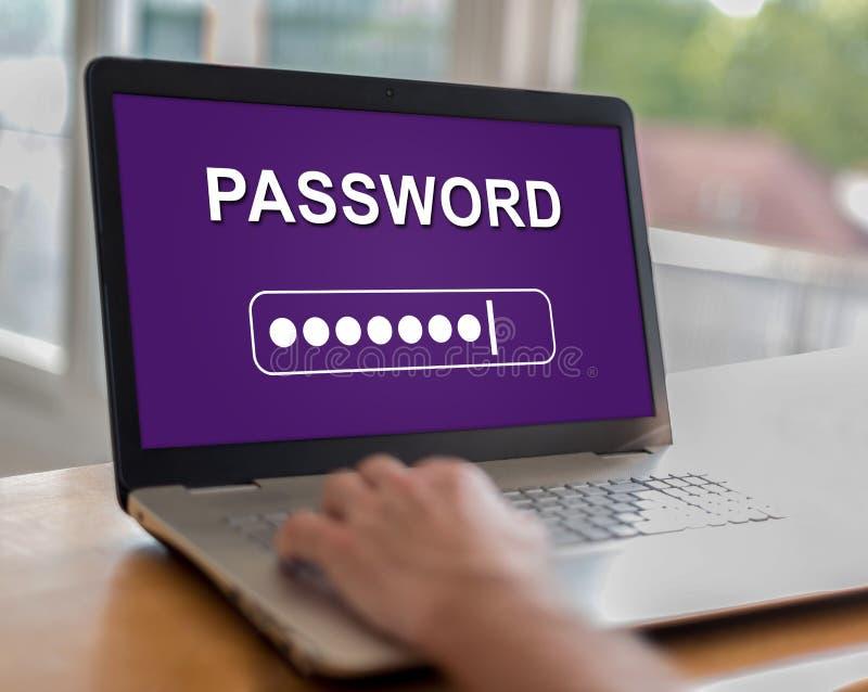 Lösenordbegrepp på en bärbar dator arkivfoto