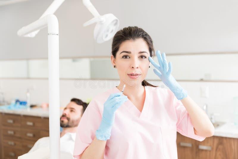 Lösungen Doktor-Providing Surgical Aesthetic lizenzfreies stockfoto