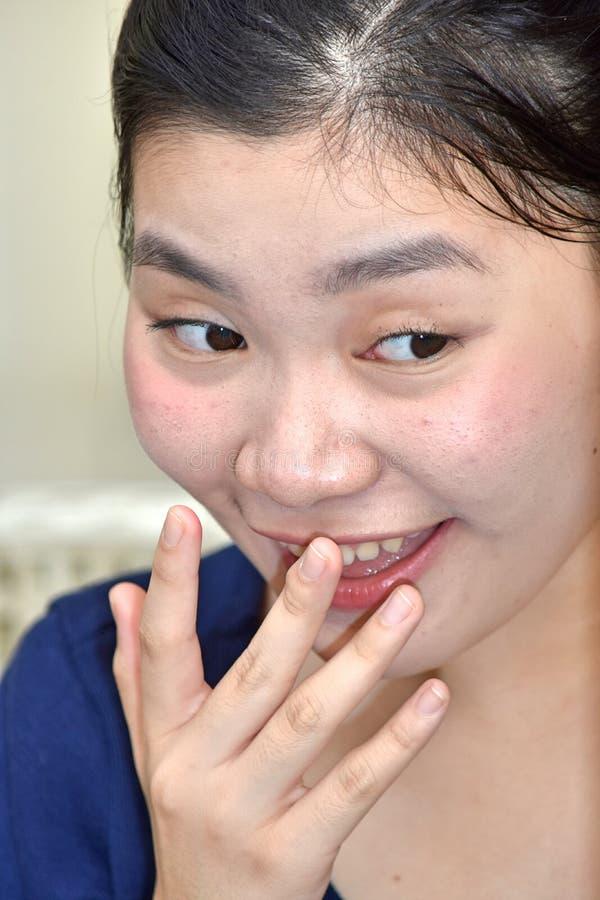 Lękliwa Dorosła kobieta zdjęcie royalty free