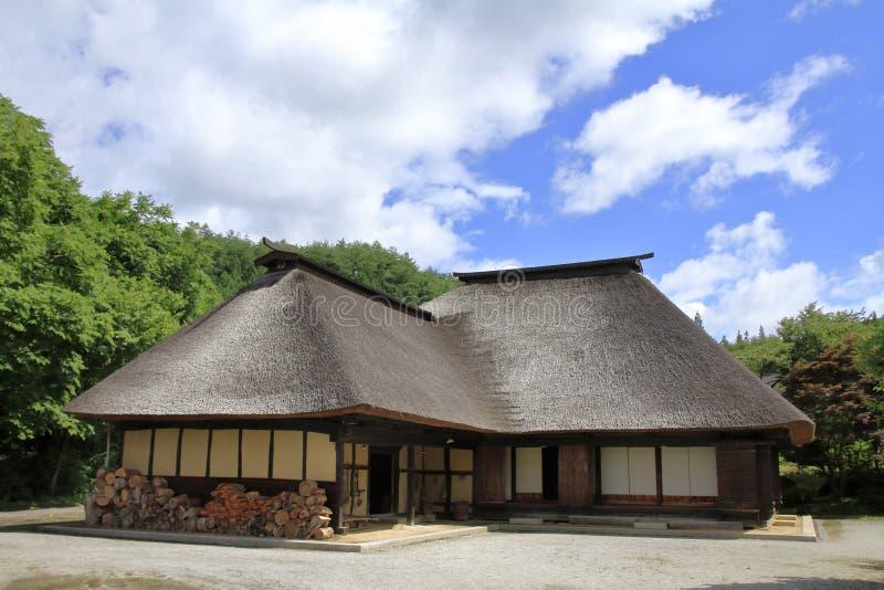 L形的日本房子 图库摄影