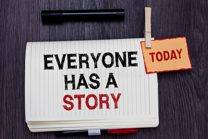 L'écriture des textes d'écriture chacun a une histoire Fabulation de fond de signification de concept indiquant vos contes de sou images libres de droits