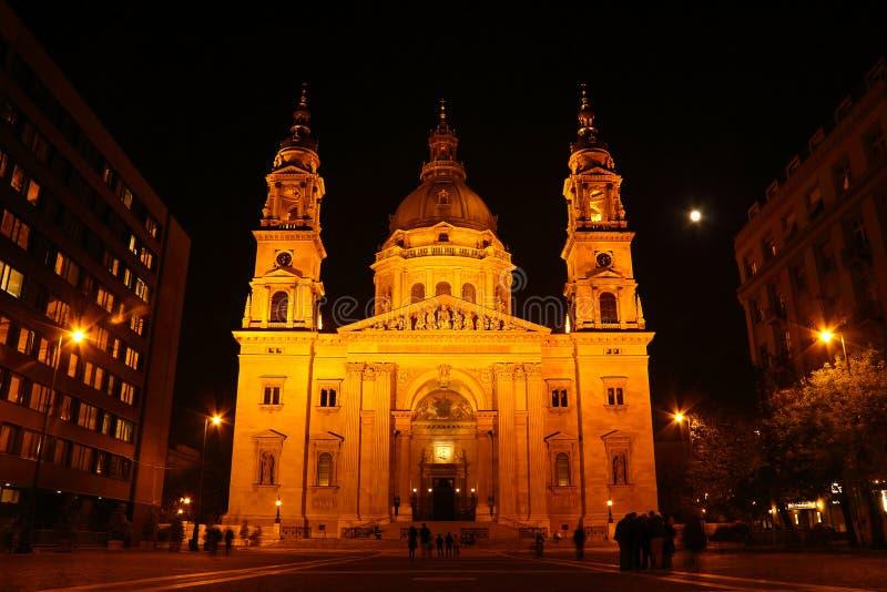 L'église d'Ivan la nuit à Budapest photo libre de droits