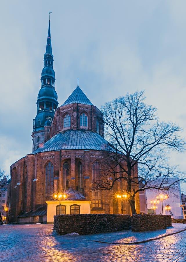 L'église du ` s de St Peter est une église luthérienne à Riga, Lettonie images stock