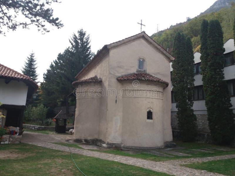 L'église en canyon d'Ovcar - de Kablar images libres de droits