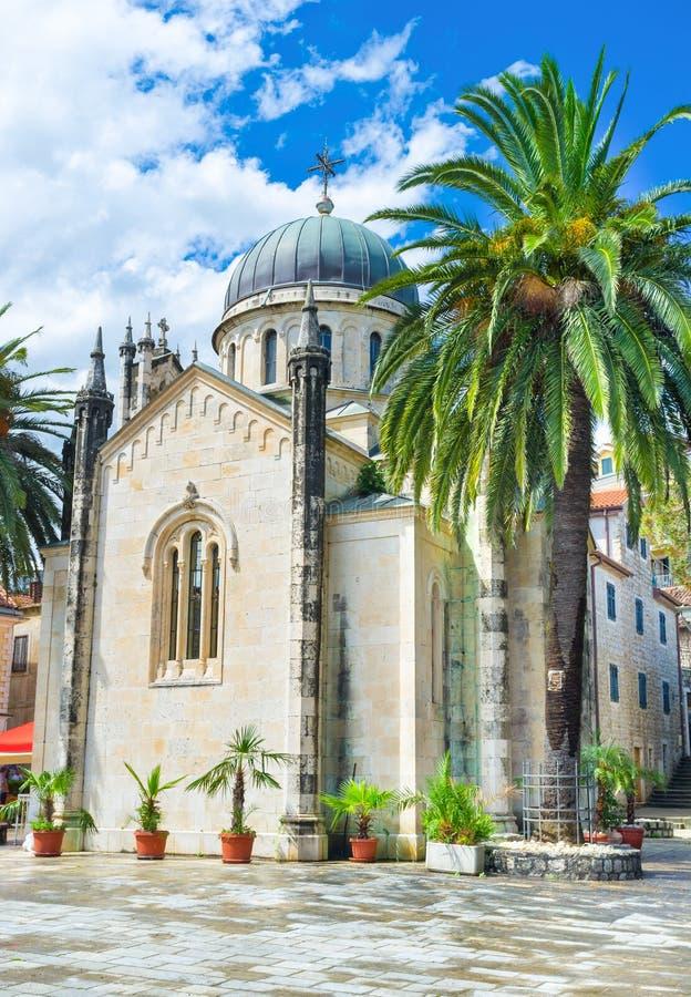 L'église en pierre photographie stock libre de droits