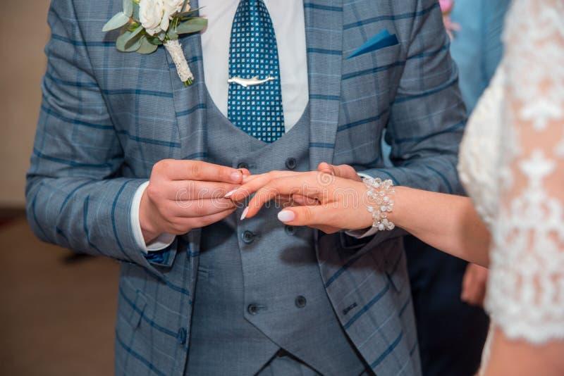 l'église est prête pour épouser photos libres de droits