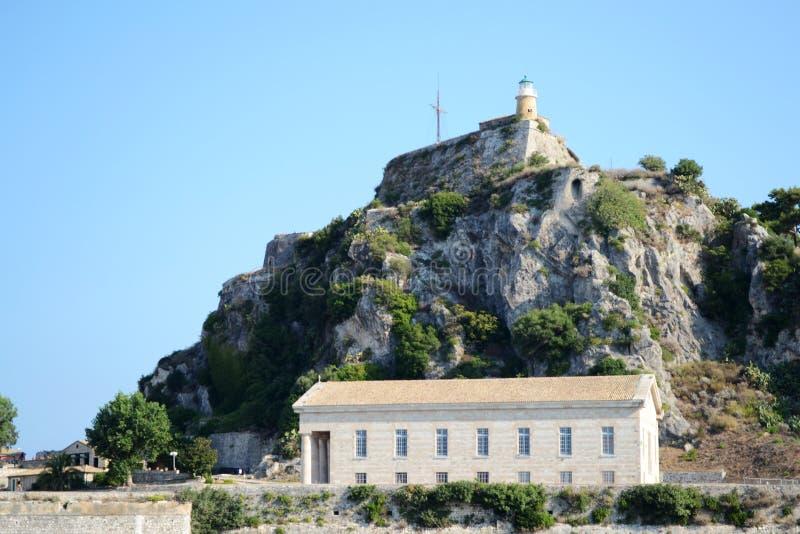 L'église et le phare de St George image libre de droits