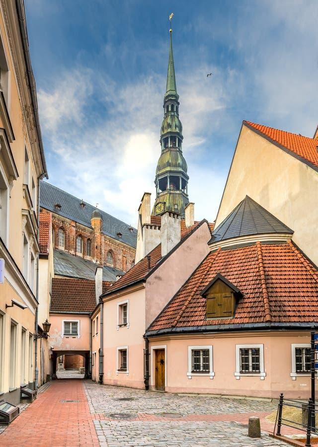 L'église médiévale la plus ancienne à Riga, Lettonie images libres de droits
