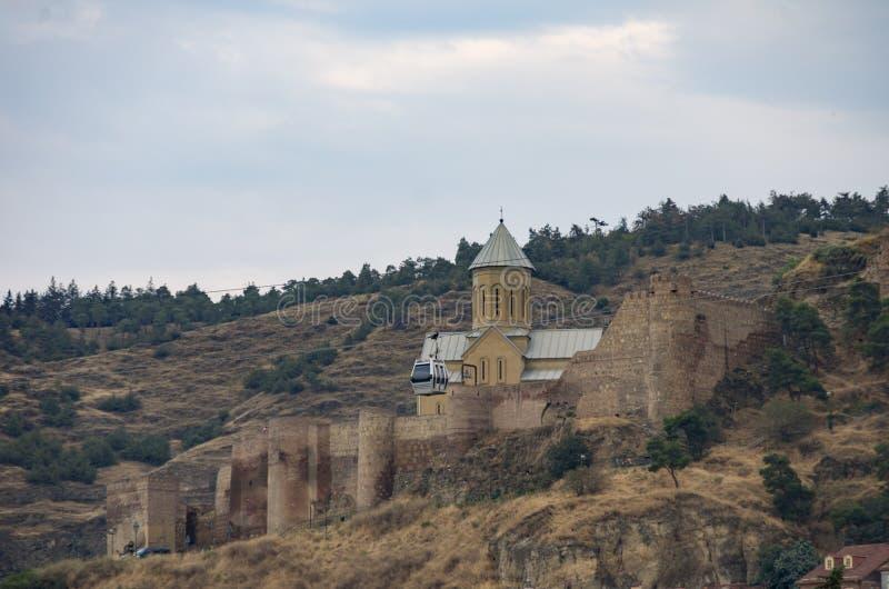 L'église orthodoxe de St George dans la forteresse de Narikala, Tbilisi photographie stock libre de droits