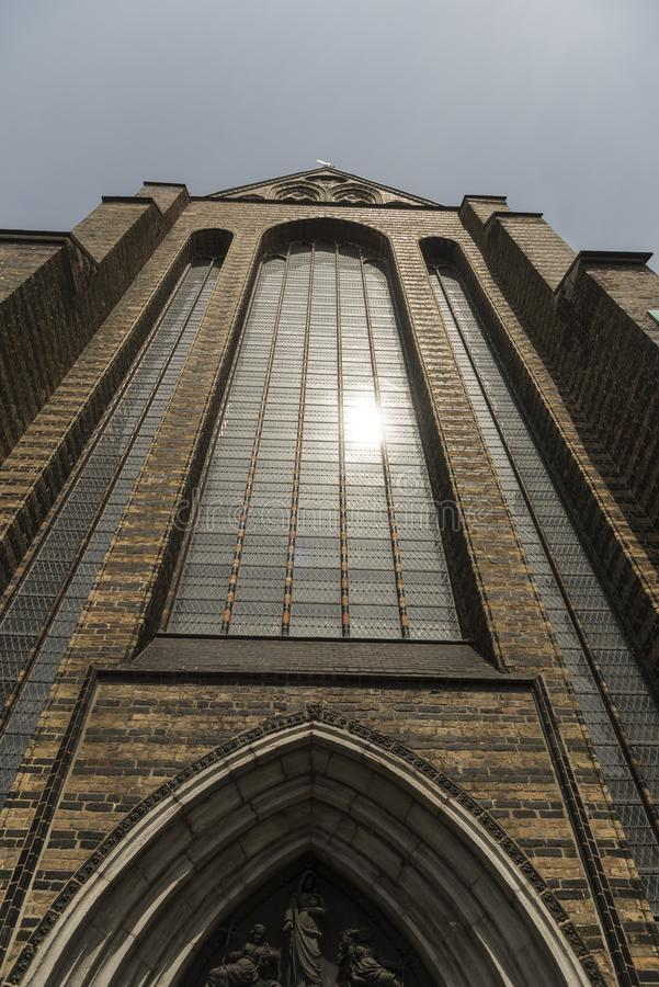 L'église Rostock Allemagne de St Mary d'entrée principale et de fenêtre image libre de droits