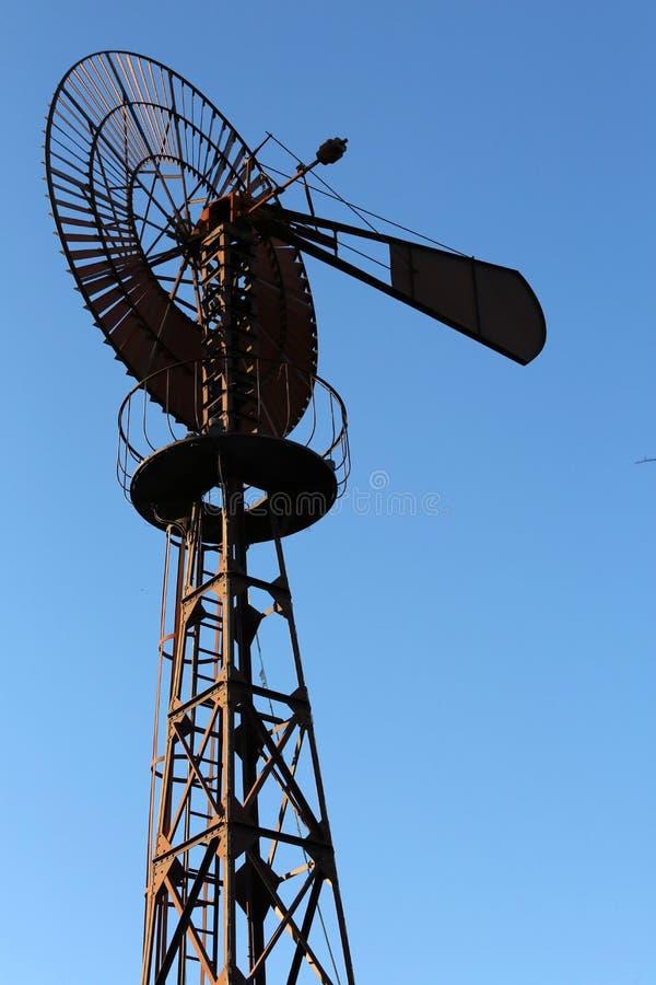 L' éolienne de la comuna de Clapiers fotografia de stock