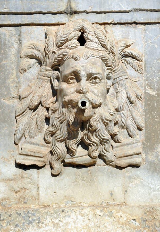 L'été, fontaine de Charles V, palais d'Alhambra à Grenade, Espagne photo stock