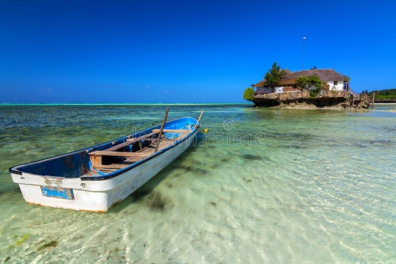 L'île Zanzibar de roche images libres de droits