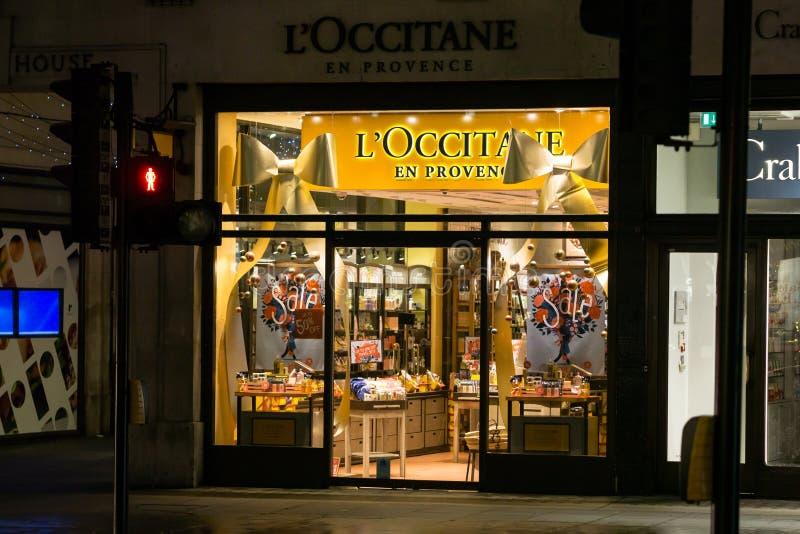 """L """"deposito dell'en Provenza di Occitane a Londra Inghilterra alla notte immagini stock libere da diritti"""