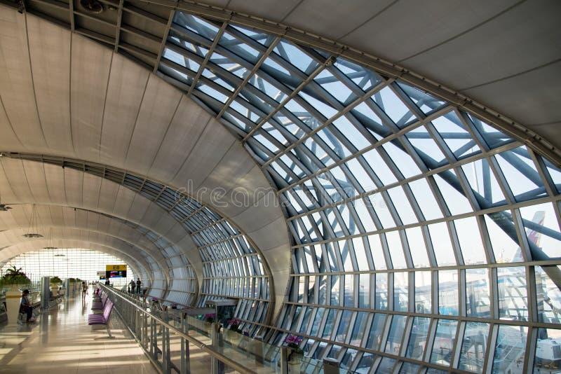 L'aéroport de Suvarnabhumi (BKK) est le hub principal pour Thai Airways photo stock