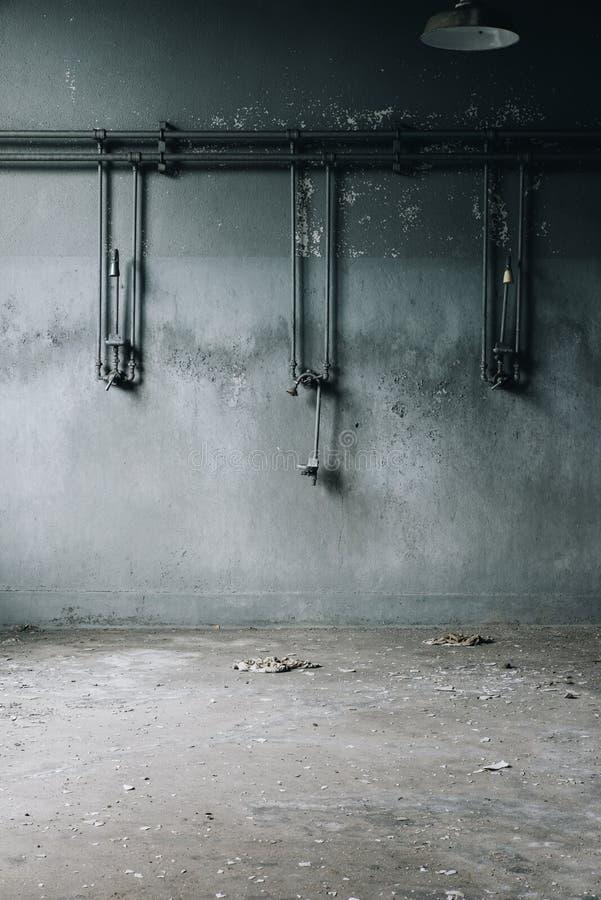L'abbandonato inonda - fabbrica & miniera di elaborazione abbandonate del ferro - New York immagini stock