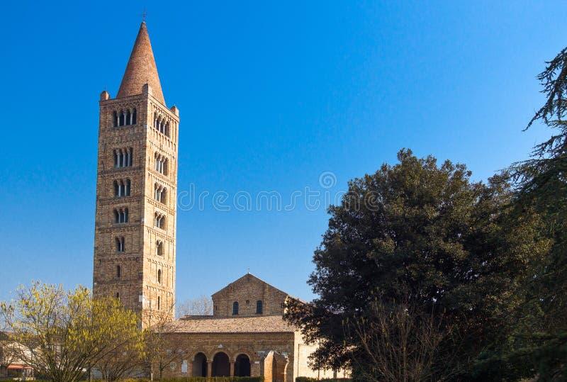 L'abbaye de Pomposa de Codigoro images libres de droits