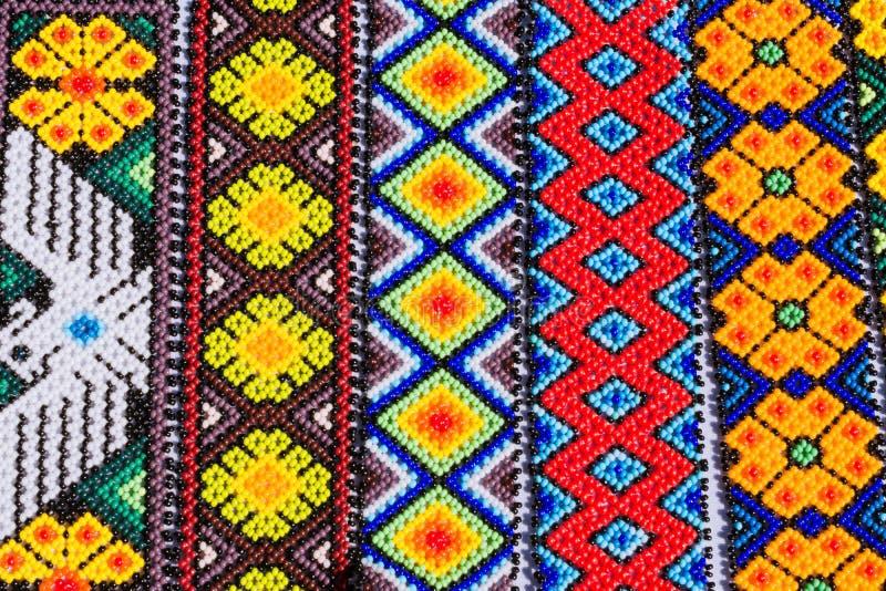 L'abitudine di arte di Huichol è molto vecchia immagini stock libere da diritti