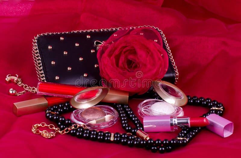 l'accessoire et le produit de beauté de la femme photos stock