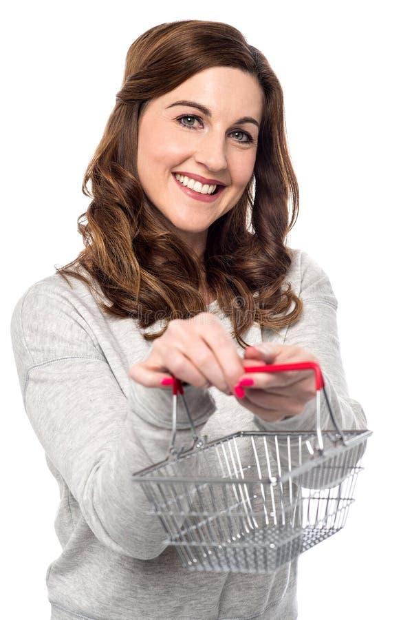 L'acquisto ora è dentro online facile immagini stock