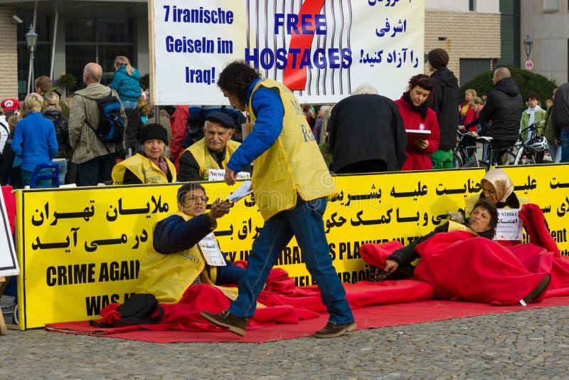 L'action &#x28 ; faim strike&#x29 ; Dissidents iraniens photographie stock libre de droits