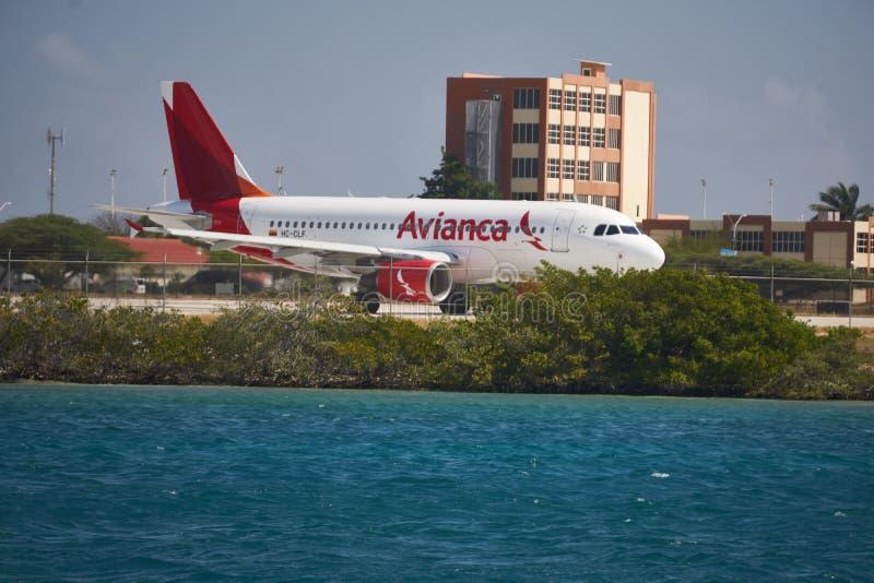 L'aeroporto ad Aruba è un posto occupato immagini stock