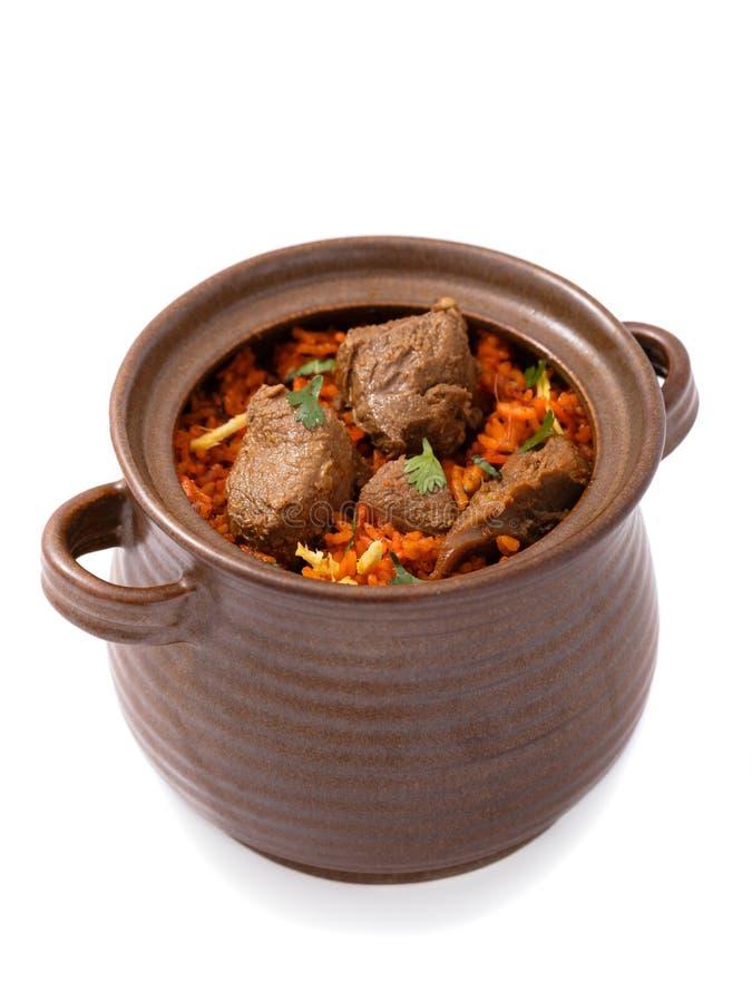 L'agnello indiano delizioso di biryani di dum è servito in terraglie fotografia stock