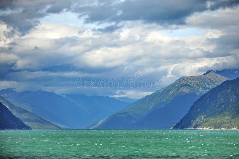 L'Alaska dal lato di una nave da crociera fotografie stock libere da diritti