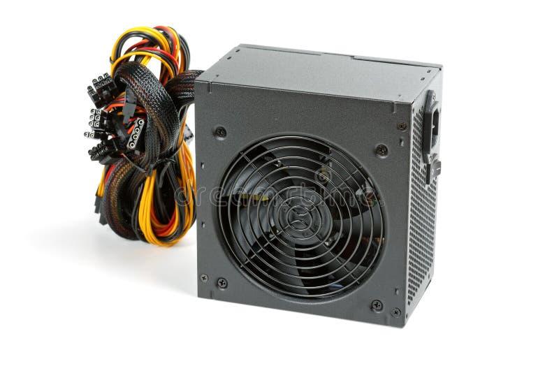 L'alimentation d'énergie pour l'ordinateur d'isolement sur le blanc image libre de droits
