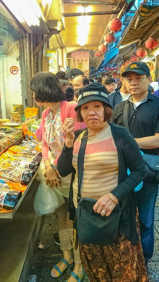 L'alimento di Taiwan della via dentro jiufen la nuova città Taiwan di Taipeh della vecchia via fotografie stock libere da diritti