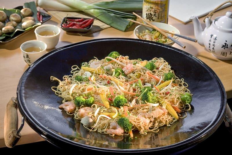 L'alimento giapponese, scalpore ha infornato i gamberetti con gli anacardi il Giappone famoso immagine stock libera da diritti